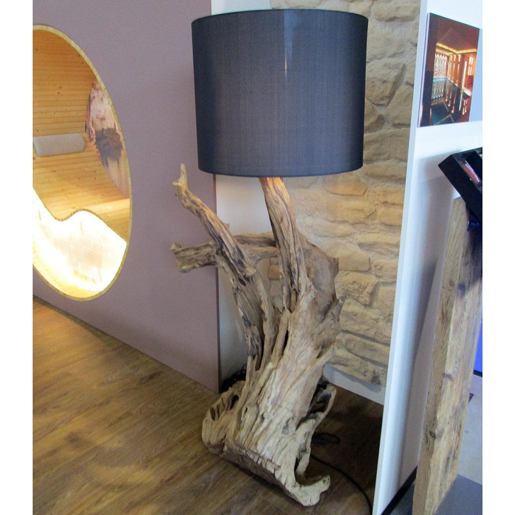Rustikale Teakholz-Stehlampe